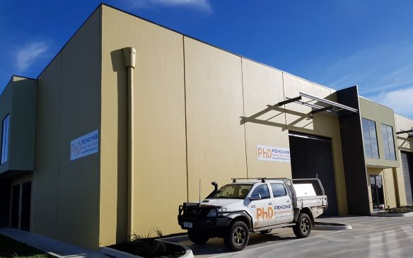 PhD Fencing is located in North West Melbourne. With more than 5 year experience in supplying & installing all kinds of fences, we helped Clients with Solutions for different requirements.